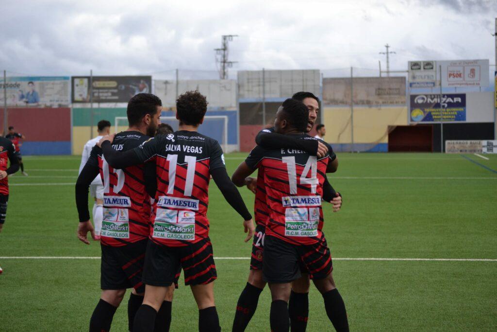 CRÓNICA | Frenético partido y gran imagen del equipo (4-4)