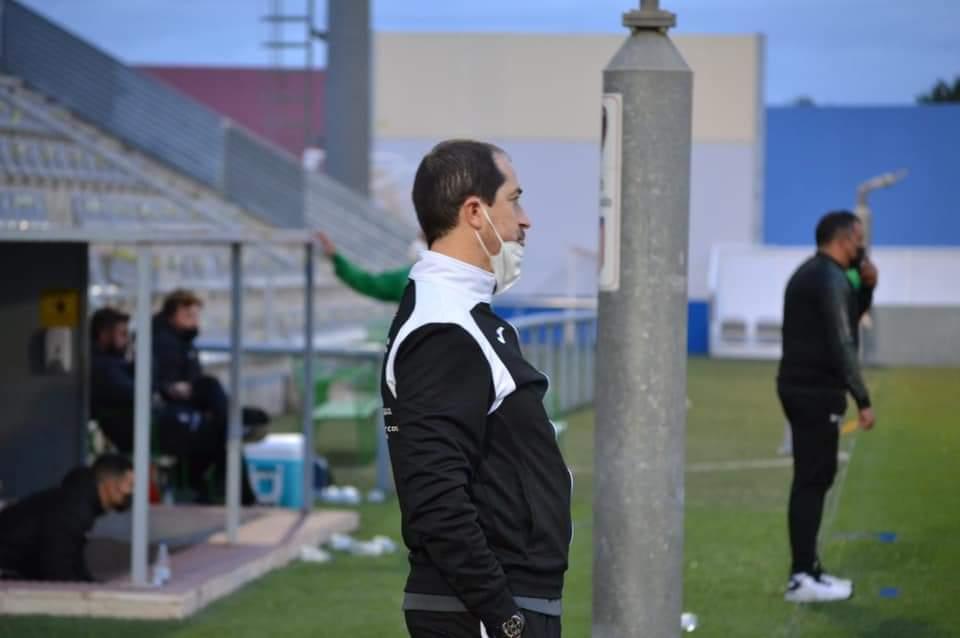 ENTREVISTA | Diego Caro, el capitán del barco rojinegro.